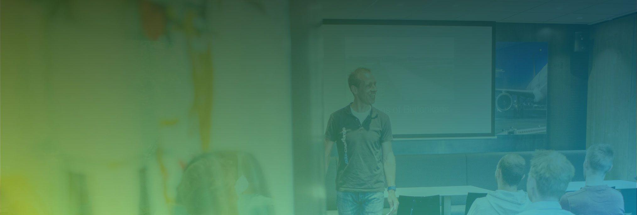 Hero image - Viro academy header